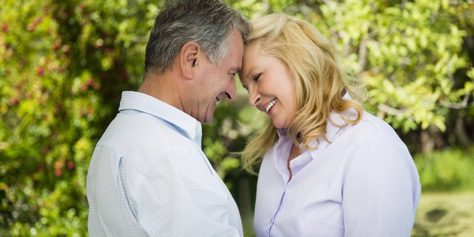 Международные Знакомства: как найти пару, если вам за 40?